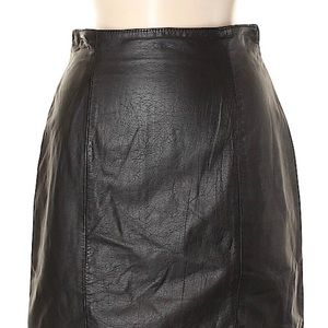 Wilson's genuine leather size 6 pencil skirt